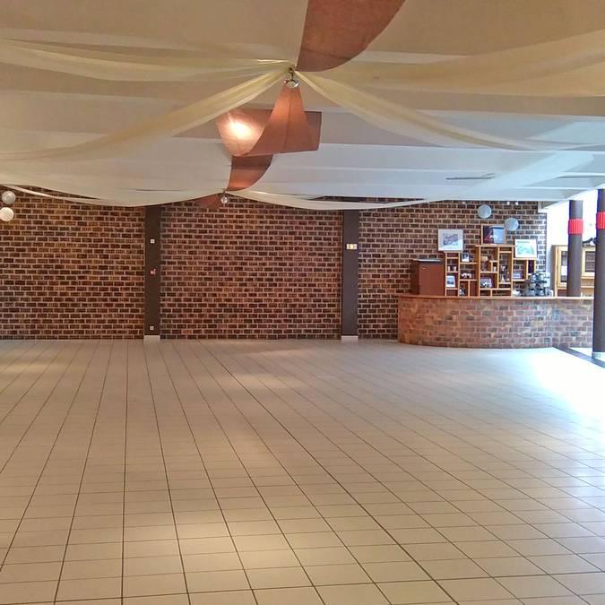 Salle A et bar